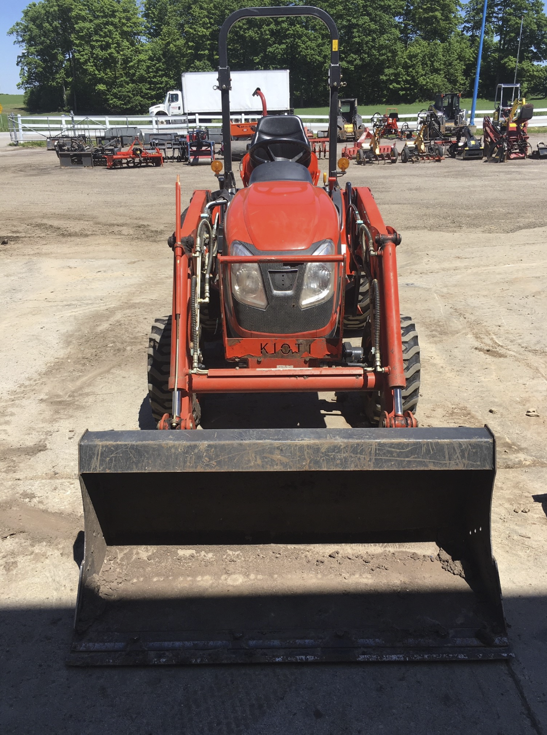 Compact Tractor Loader 25 HP Image