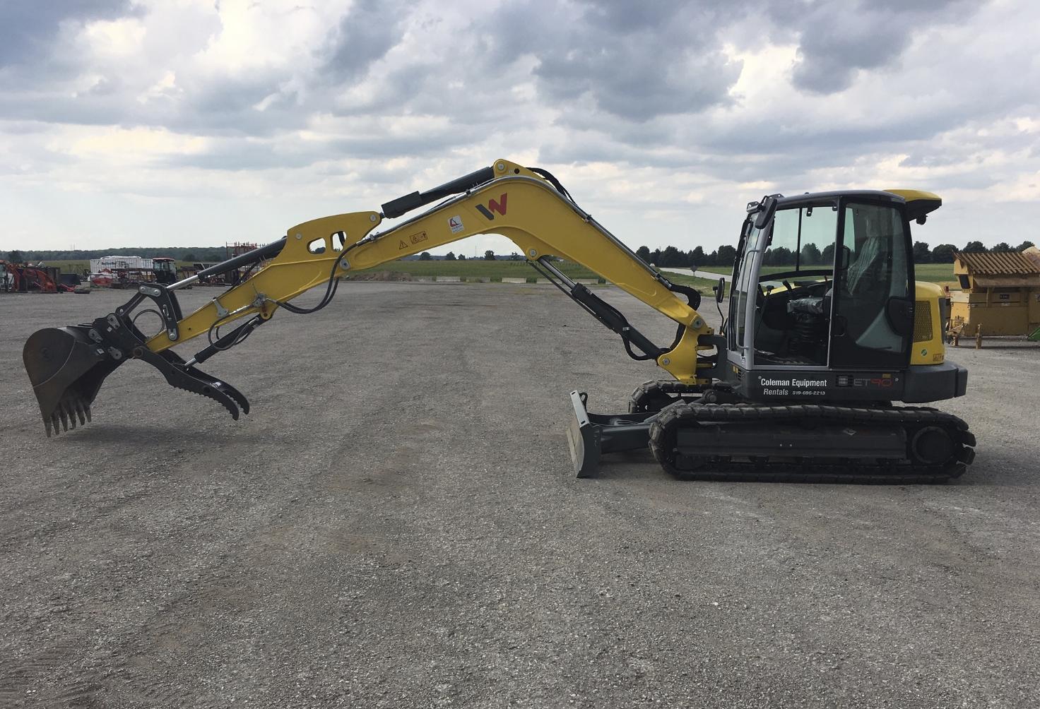 Mini Excavator 89 inch 9 tonne Image