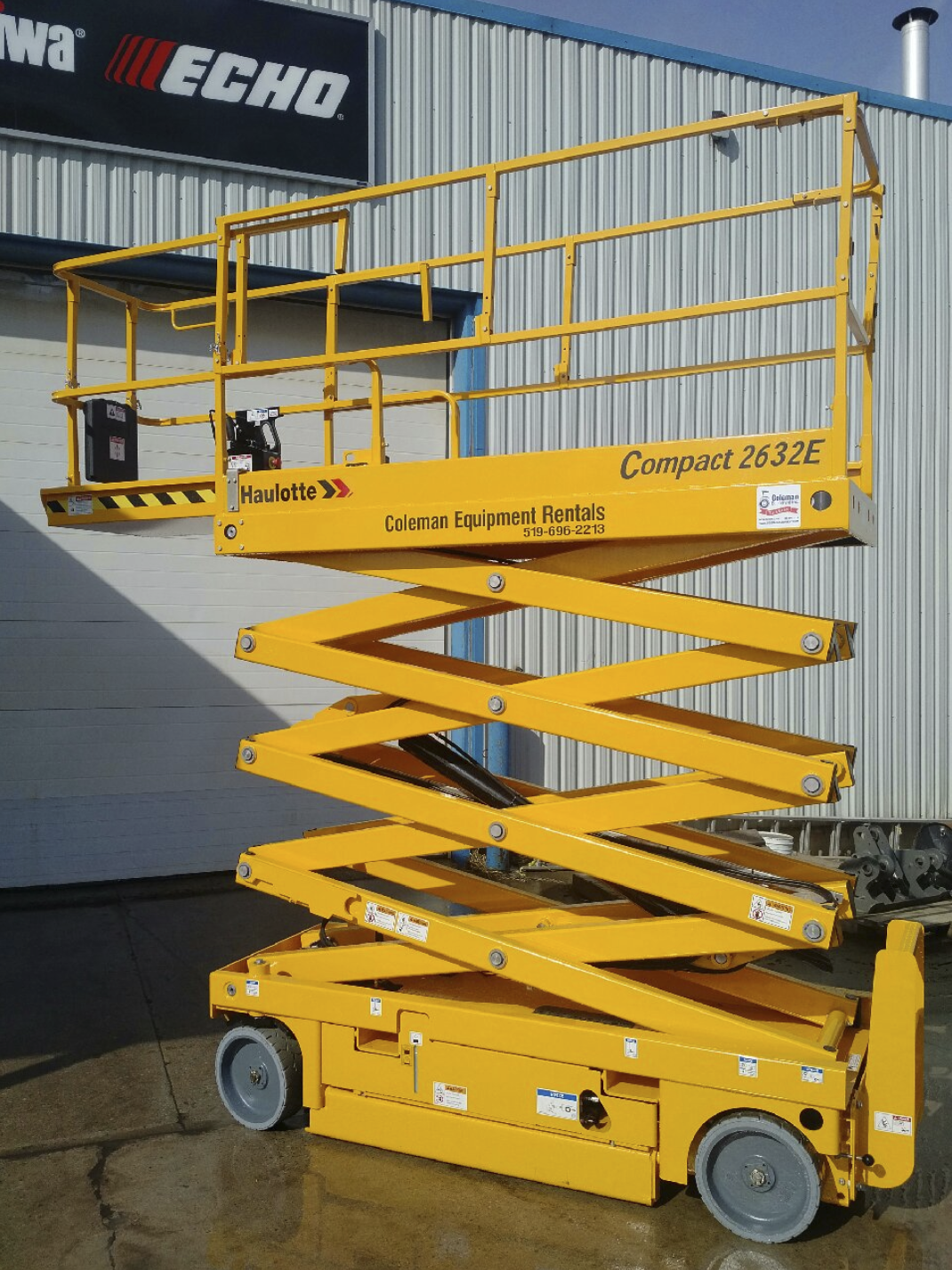 Scissor Lift Indoor 26 foot Image
